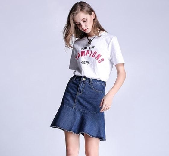 chân váy bò với áo phông